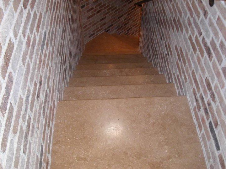 floor-8